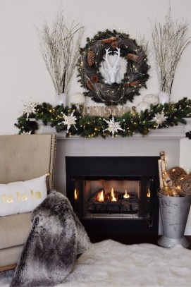 Ways to decorate fireplace for christmas 16