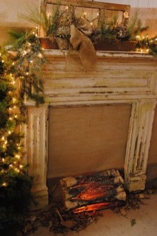Ways to decorate fireplace for christmas 22