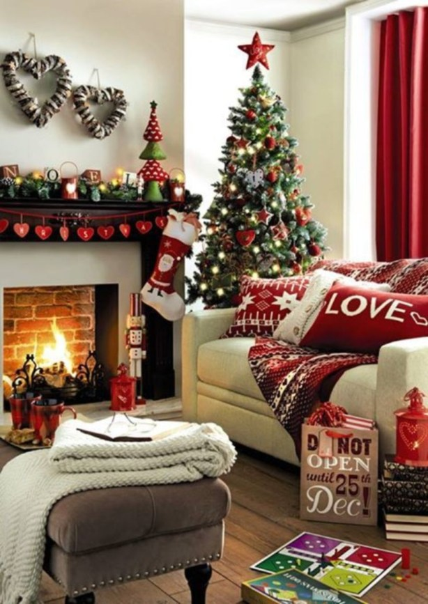 Ways to decorate fireplace for christmas 42