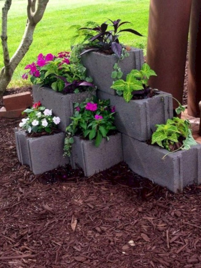 Cute yard ornament for your own outdoor space 27