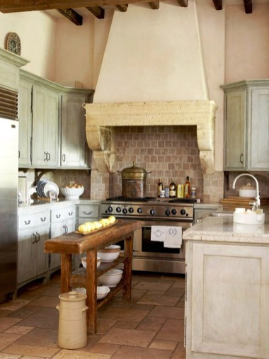 Diy ideas to add rustic farmhouse feel to your kitchen 24