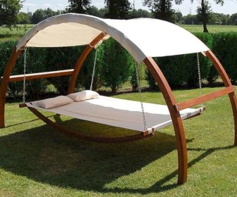 Diy outdoor swing ideas for your garden 18