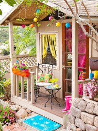 Fabulous backyard playhouse to delight your kids 01