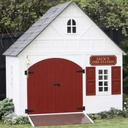 Fabulous backyard playhouse to delight your kids 18