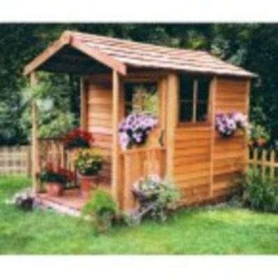 Fabulous backyard playhouse to delight your kids 30