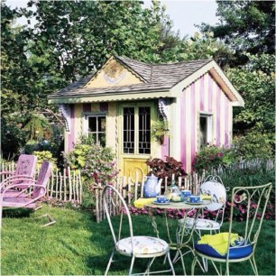 Fabulous backyard playhouse to delight your kids 43