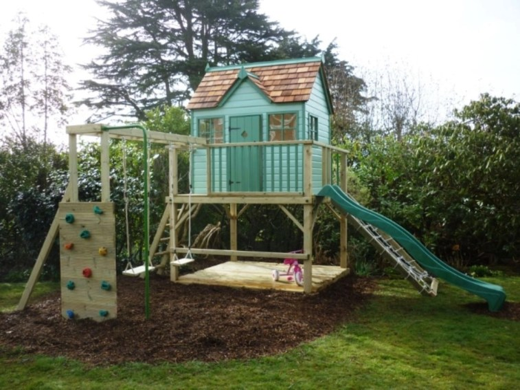 Fabulous backyard playhouse to delight your kids 46