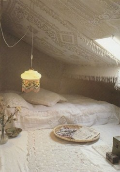 Vintage attic bedroom with wall of skylights27