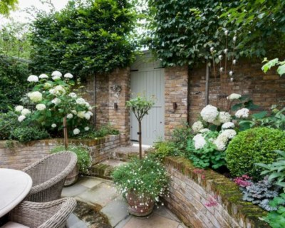Beautiful courtyard garden design ideas 13