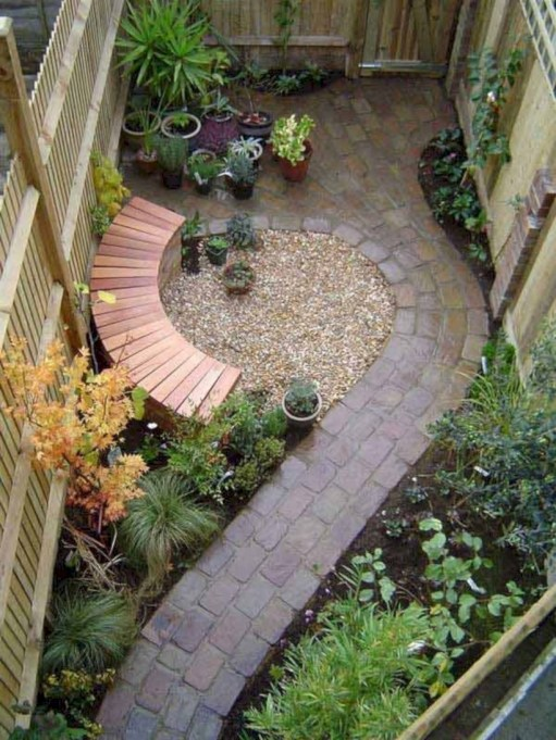 Beautiful courtyard garden design ideas 34