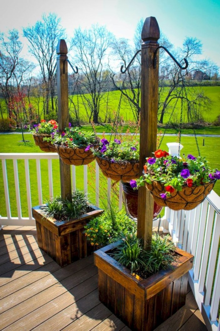 Best diy projects with pallet for your garden 15