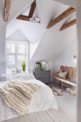Cozy scandinavian-inspired loft 05