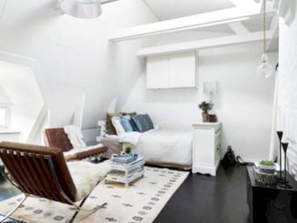 Cozy scandinavian-inspired loft 42