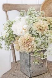 Lovely diy garden decor ideas you will love 21