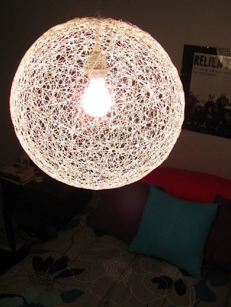 String chandelier from a bouncy ball and yarn