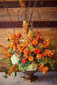 Diy floral arrangement that you can use on your wedding day 10