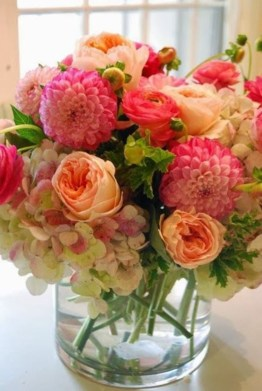 Diy floral arrangement that you can use on your wedding day 17
