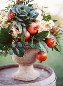 Diy floral arrangement that you can use on your wedding day 29