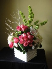 Diy floral arrangement that you can use on your wedding day 34