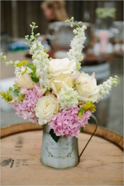Diy floral arrangement that you can use on your wedding day 35