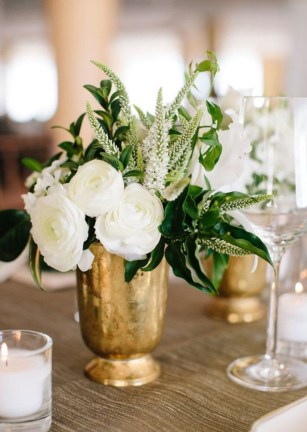 Diy floral arrangement that you can use on your wedding day 39