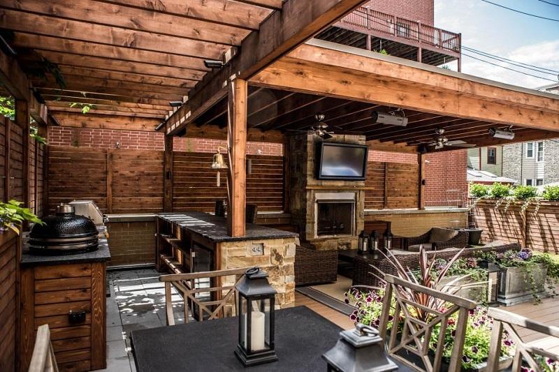 Urban rooftop kitchen