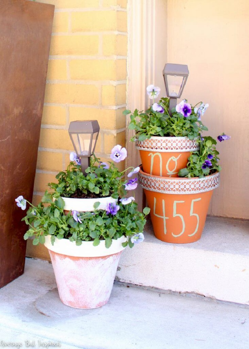 Clay pot with house numbers