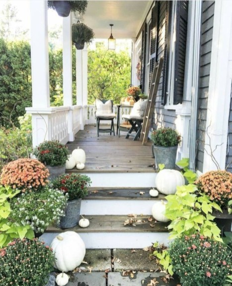 Awesome farmhouse fall decor porches 27