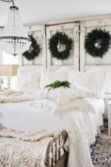Best modern farmhouse bedroom decor ideas 26