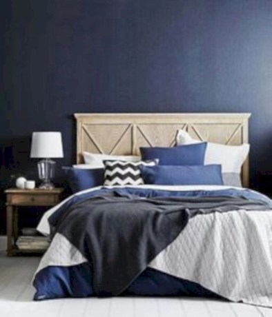 Best modern farmhouse bedroom decor ideas 28