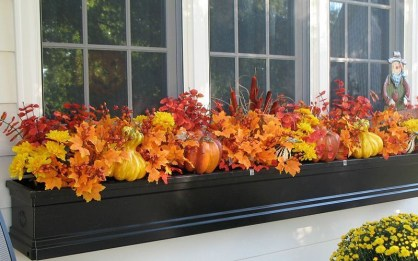 Cheap and easy fall window boxes ideas 44
