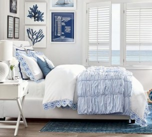 Classic nautical decor ideas that'll ready your home for summer 27