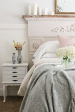 Creative bedroom decoration ideas for a new spring looks 37