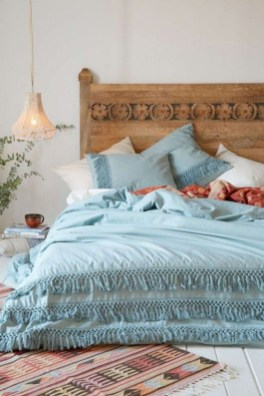 Creative bedroom decoration ideas for a new spring looks 39