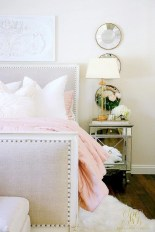 Creative bedroom decoration ideas for a new spring looks 44