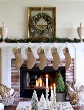 Cute farmhouse christmas decoration ideas 18