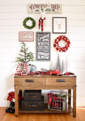 Cute farmhouse christmas decoration ideas 30