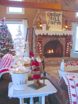 Cute farmhouse christmas decoration ideas 31
