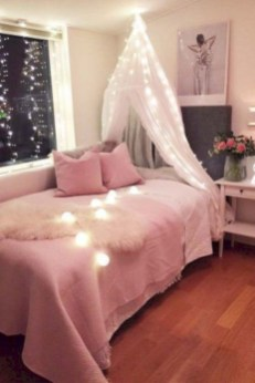Easy and cute teen room decor ideas for girl 06