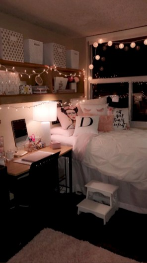 Easy and cute teen room decor ideas for girl 36