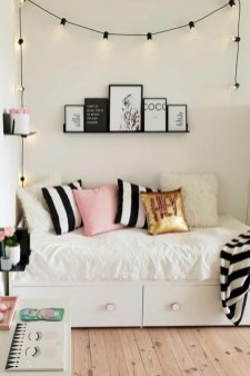 Easy and cute teen room decor ideas for girl 41