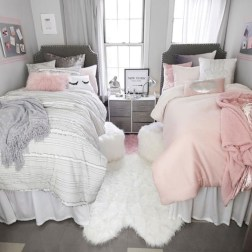 Elegant dorm room decorating ideas 01