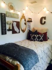 Elegant dorm room decorating ideas 25