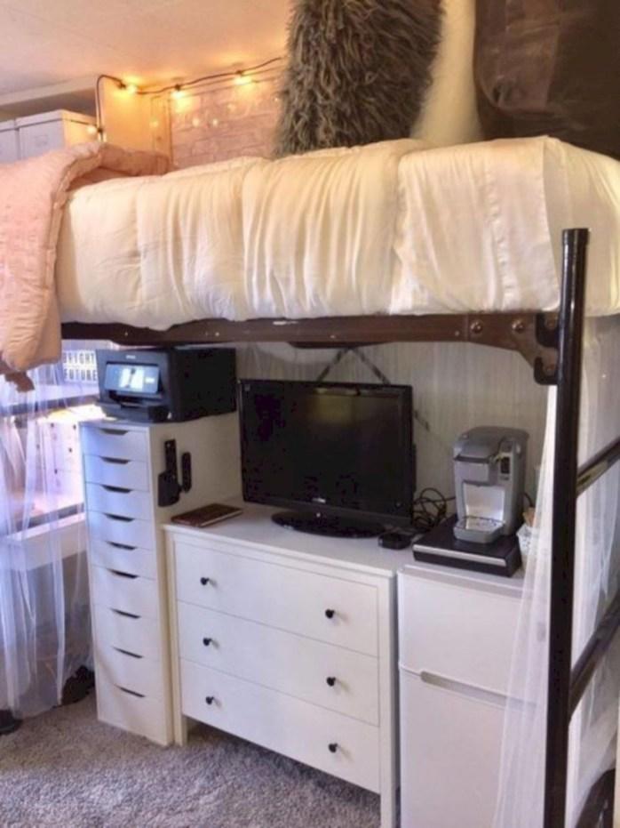 Elegant dorm room decorating ideas 45