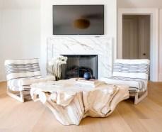 Incredible european farmhouse living room design ideas 32