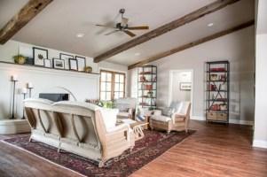Incredible european farmhouse living room design ideas 45