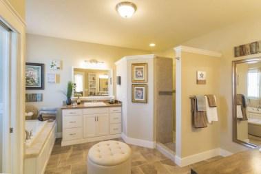Incredible half bathroom decor ideas 26