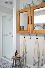 Incredible half bathroom decor ideas 27