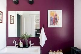 Incredible half bathroom decor ideas 64