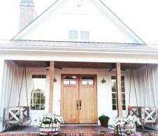 Rustic farmhouse front porch decorating ideas 13